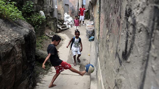 فوتبال، پدیده ای زیبا به وسعت کل جهان